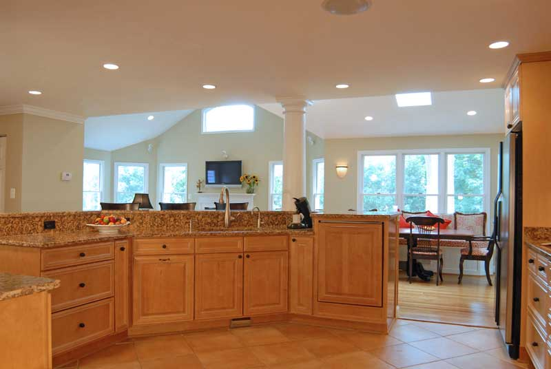 Kitchen columns